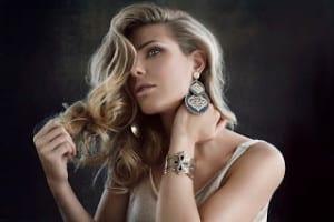 Ilary Blasi indossa la collezione Marrakesh Stroili Oro