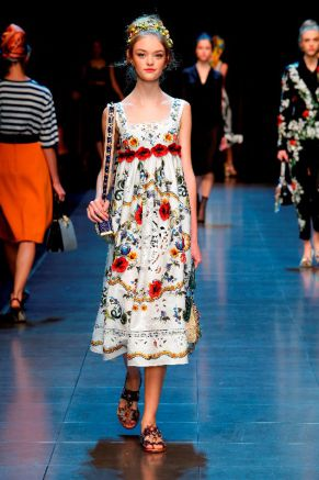 dolcegabbana-woman-summer-16-4