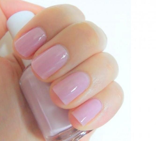 manicure-effetto-gel-rosa-quarzo