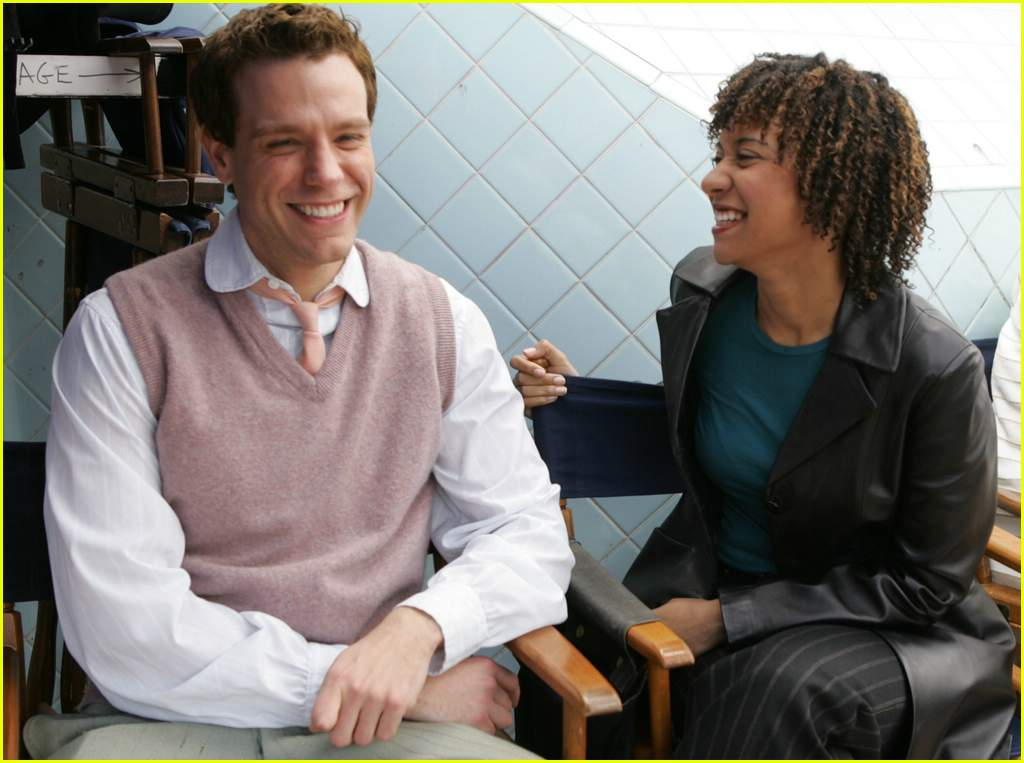 adam-pascal-tracie-thoms-cold-case01