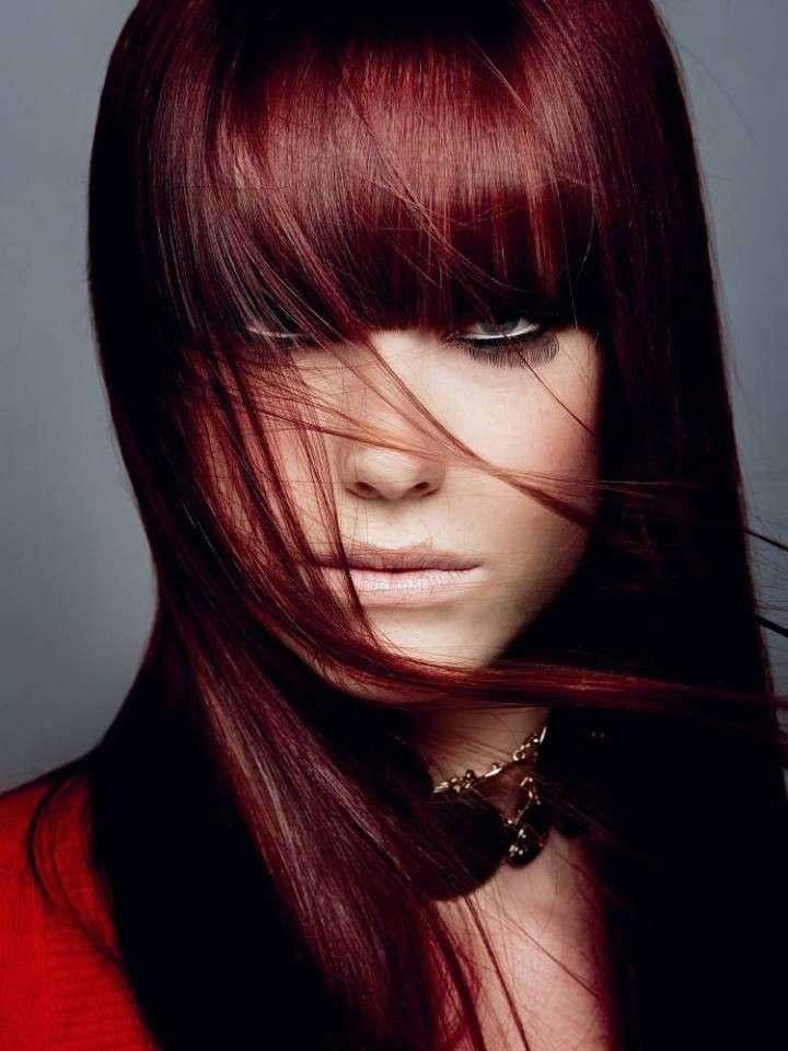 capelli-rossi-lunghi-e-lisci
