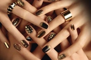 nail-stickers-nero-e-oro