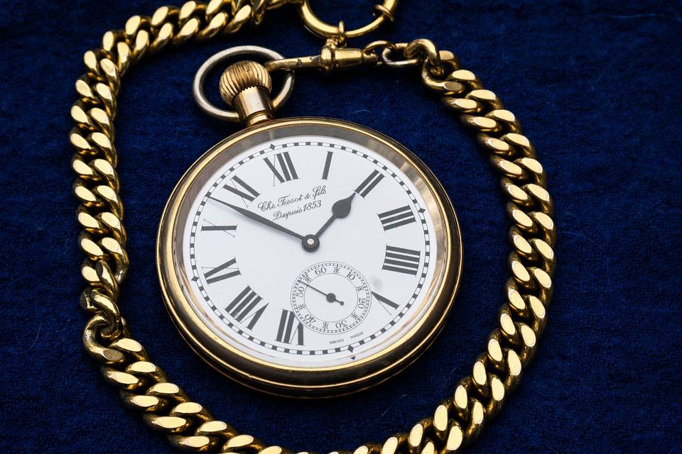 clock-597435_960_720
