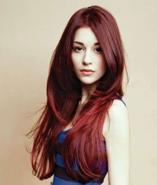 capelli-rossi-lunghi-e-scalati