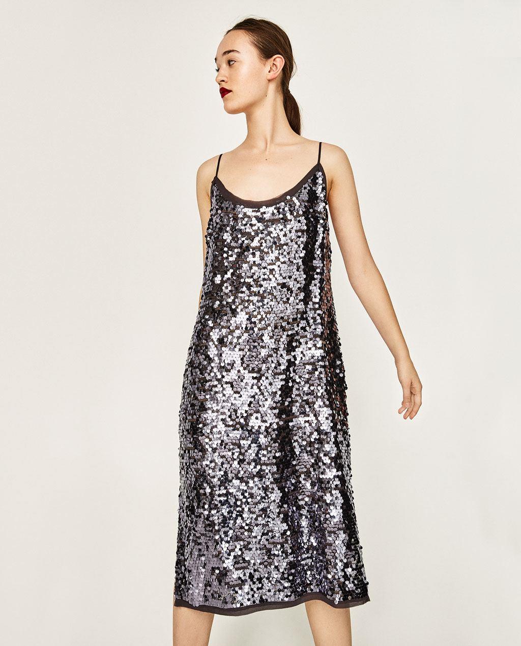 d7030355c766 Tutti gli abiti seguono le ultime tendenze in campo moda