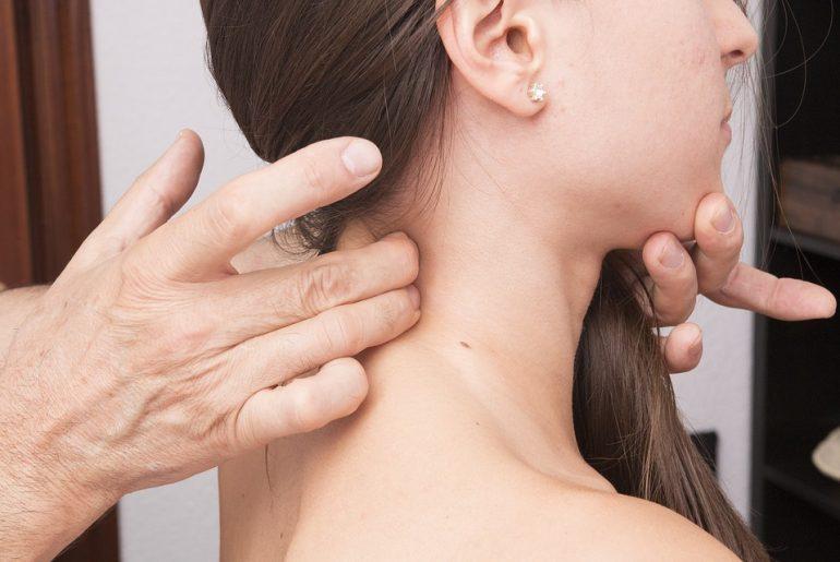 5 rimedi contro la cervicale